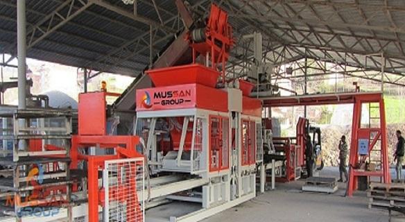 Machine-pour-la-fabrication-du-bloc-beton.jpg